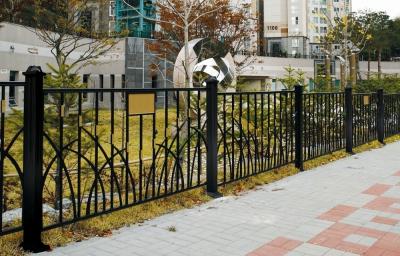 fence_by-b01-f162